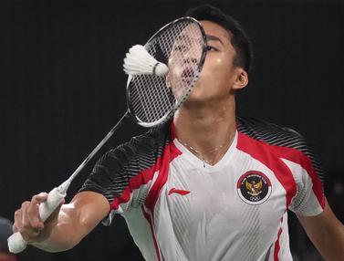 Foto: Susah Payah Lawan Wakil Singapura, Jonatan Christie Akhirnya Kunci Tiket 16 Besar di Olimpiade Tokyo 2020