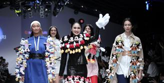 Parade Disney dan Marvel di Jakarta Fashion Week 2019 | Matahari Department Store
