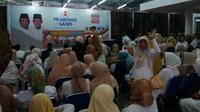 Ratusan perempuan menyatakan dukungan kepada pasangan capres dan cawapres 2019 Prabowo Subianto-Sandiaga Uno. (Merdeka.com/ Yunita Amalia)
