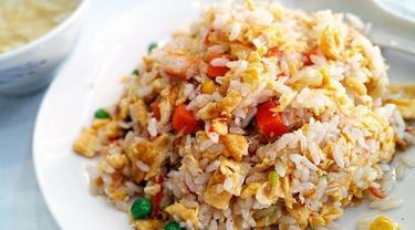 043234100 1544653745 resep praktis nasi goreng mentega kesukaan buah hati