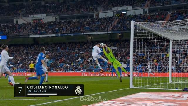 Cristiano Ronaldo memanaskan diri untuk duel kontra Paris Saint-Germain tengah pekan nanti dengan melesakkan dua gol indah dalam k...