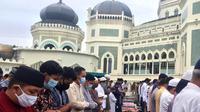 Salat Idul Adha 1441 Hijriah di Masjid Raya Medan, Jumat (31/7/2020).