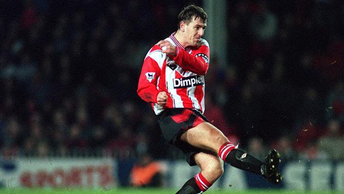 Matt Le Tissier yang bermain untuk Southampton (1986-2002) berada di peringkat 2. (Premierleague.com)