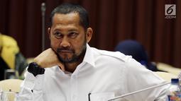 Dirut Perum Bulog Budi Waseso atau Buwas saat mengikuti Rapat Kerja (Raker) dengan Komisi IV DPR di Jakarta, Kamis (13/9). Raker juga membahas tentang evaluasi pelaksanaan APBN 2018 dan RAPBN 2019 Perum Bulog. (Liputan6.com/JohanTallo)