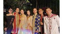Gaya 10 Seleb Tanah Air Hadiri Royal Wedding Anak Raam Punjabi (sumber: Instagram.com/bclsinclair)