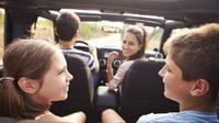 Supaya mudik dengan mobil pribadi berjalan aman dan nyaman, ini beberapa tips mudik yang wajib kamu ketahui. (Ilustrasi: livetheadventureletter.com)