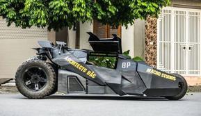 Batmobil Tumbler buatan sendiri (Oddity Central)