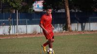 Persis Solo segera merampungkan proses kepindahan pemain baru, Slamet Budiono. (Bola.com/Vincentius Atmaja)