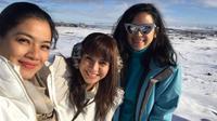 Kirana Larasati berlibur bersama Titi Kamal dan Dinda Kanya Dewi di Islandia (Instagram/@kiranalarasati)