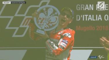 Pembalap Ducati, Jorge Lorenzo, memenangi balapan MotoGP Italia di Sirkuit Mugello, Minggu (3/6/2018). Sementara itu, Valentino Rossi turut naik podium setelah finis di posisi ketiga.