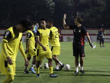 Latihan Bhayangkara FC