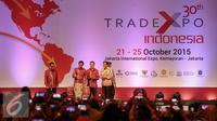 Presiden Joko Widodo saat membuka pameran Trade Expo Indonesia (TEI) ke-30 Tahun 2015 di Jakarta, Rabu (21/10/2015). Pameran menghadirkan usaha skala mikro, kecil, menengah hingga besar berlangsung dari 21-25 Oktober 2015. (Liputan6.com/Faizal Fanani)