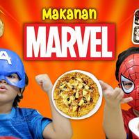 Mencoba Makanan Marvel (Foto: Famous ID)