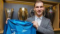 Bek Zenit St Petersburg asal Serbia, Branislav Ivanovic. (dok. Zenit St Petersburg)