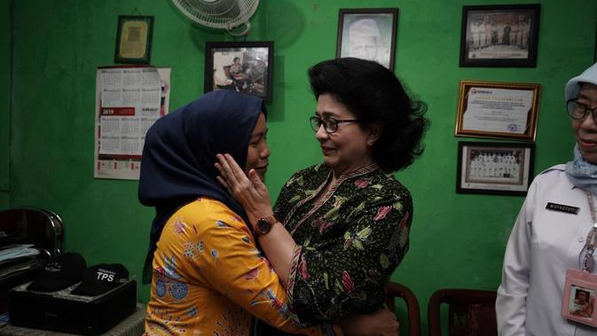 Kunjungi Keluarga Almarhum Petugas KPPS Pemilu 2019, Menkes: Beliau Pejuang Demokrasi