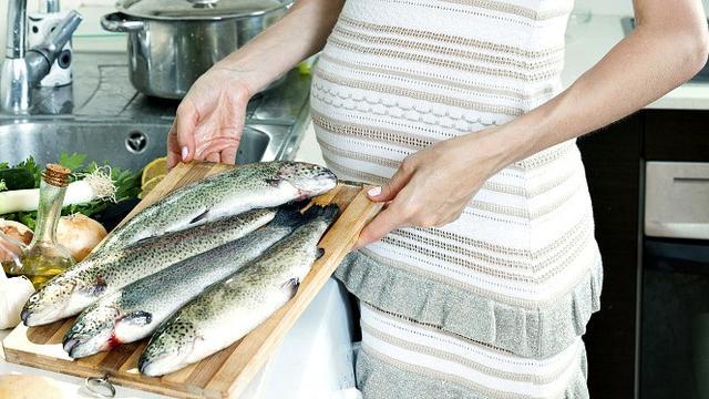 Catat, Jenis Ikan yang Harus Dikonsumsi dan Dihindari Ibu Hamil - Health  Liputan6.com