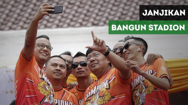 Gubernur DKI Jakarta, Anies Baswedan mengatakan akan segera mendirikan stadion untuk Persija Jakarta dalam pesta juara di Balaikota Jakarta.