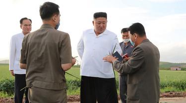 Kim Jong-un Kunjungi Lokasi Bencana Topan