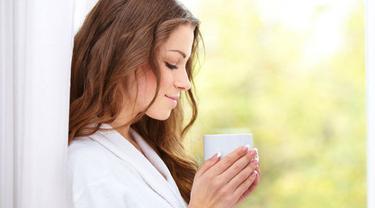 Minum Air Garam Tiap Pagi 4 Manfaatnya Bikin Terkejut Beauty Fimela Com