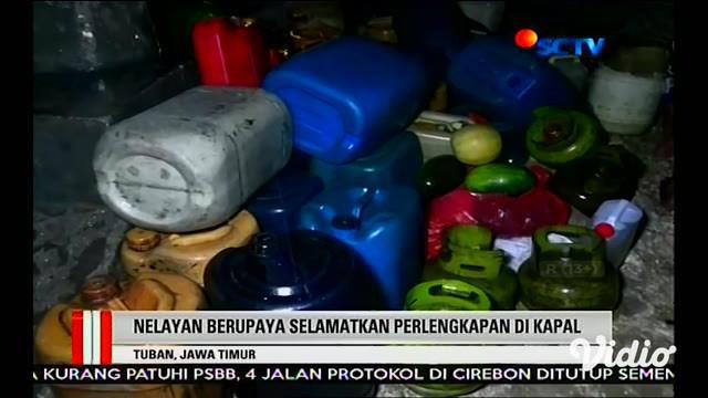 Perahu milik nelayan kawasan Pantai Utara Kecamatan Palang, Kabupaten Tuban mengalami rusak. Kerusakan itu akibat hantaman ombak besar yang terjadi di sepanjang pesisir utara Jawa sejak pekan lalu. Kejadian ini tidak hanya merusak perahu nelayan.