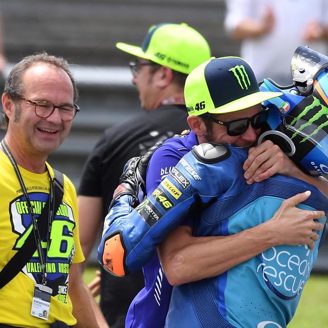 Sang Adik Luca Marini Diminati Tim Pramac Untuk Motogp 2021 Valentino Rossi Punya Saran Motogp Bola Com