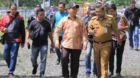 Wali Kota Tangerang H. Arief R. Wismansyah saat memantau kesiapan acara Slalom di hasil kolaborasi Pemerintah Kota Tangerang dengan DPD Komite Nasional Pemuda Indonesia (KNPI) Kota Tangerang