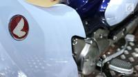 Logo Honda Super Cub C125 yang menempel di Gaikindo Indonesia International Auto Show (GIIAS) 2018 di ICE BSD, Tangsel, Jumat (3/8). (Liputan6.com/Fery Pradolo)