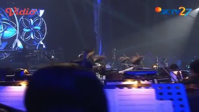 """Simak penampilan Noah yang membawakan lagu berjudul """"Biar Ku Sendiri"""" dalam acara Malam Puncak HUT SCTV 27."""