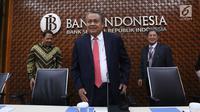 Gubernur BI Perry Warjiyo bersiap Rapat Dewan Gubernur (RDG) Bank Indonesia di Jakarta, Kamis (20/6/2019). Rapat memutuskan untuk mempertahankan BI7DRR sebesar 6,00%, suku bunga Deposit Facility sebesar 5,25%, dan suku bunga Lending Facility sebesar 6,75%. (Liputan6.com/Angga Yuniar)