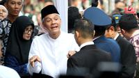 Gubernur Jawa Tengah Ganjar Pranowo menghadiri pemakaman istri presiden ke-6 RI Susilo Bambang Yudhoyono (SBY), Ani Yudhoyono di Taman Makam Pahlawan (TMP) Kalibata, Jakarta, Minggu (2/6/2019). (Liputan6.com/JohanTallo)