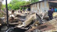Sekretaris Badan Pengendalian Bencana Daerah (BPBD) Kota Medan, Nurly mengatakan, objek yang terbakar adalah satu unit rumah semi permanen, dan satunya lagi rumah permanen.