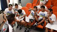 Dua pebalap Yamaha Indonesia, Galang Hendra Pratama dan Imanuel Putra Pratna, mendapat banyak pengetahuan baru dalam pelatihan mereka di VR46 Riders Academy. (MotoGP)