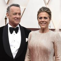 Tom Hanks dan sang istri, Rita Wilson (Photo by Jordan Strauss/Invision/AP, File)