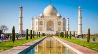 Pemerintah India membuat peraturan yang ketat bagi wisatawan yang ingin memasuki kawasan Taj Mahal.