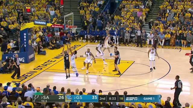 Berita video game recap NBA 2017-2018 antara Golden State Warriors melawan San Antonio Spurs dengan skor 113-92.