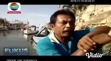 Sejak beberapa bulan terakhir para nelayan di perairan utara di Pelabuhan Rakyat Desa Tamberu, Kecamatan Tamberu, Kabupaten Pamekasan, tidak bisa melaut. Karena sulitnya mencari BBM bersubsidi jenis solar.