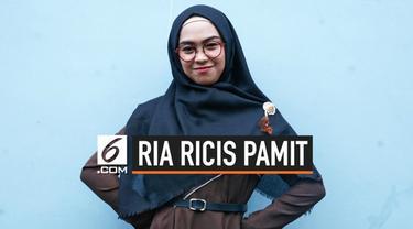 """Youtuber Ria Ricis unggah vlog berjudul """"Saya Pamit."""" di Youtube. Lewat vlog berdurasi hampir 9 menit tersebut Ria Ricis pamit dari Youtube."""