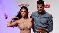 Georgina Rodriguez saat mendampingi Cristiano Ronaldo dalam acara Penghargaan MARCA Leyenda di Madrid pada Juli 2019. (AFP/Javier Soriano)