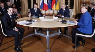 Volodymyr Zelensky dari Ukraina, Emmanuel Macron dari Prancis, Vladimir Putin dari Rusia dan Angela Merkel dari Jerman