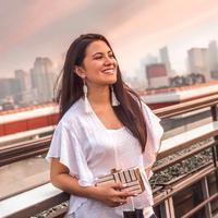 Marsha Aruan main film bareng Raffi Ahmad. (Deki Prayoga/Fimela.com)