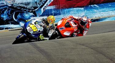 Valentino Rossi dan Casey Stoner