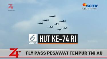Pilot pesawat jet TNI AU mengucapkan selamat HUT ke-74 RI langsung dari langit Jakarta. Ucapan langsung didengarkan Presiden dan tamu undangan di Istana Merdeka.