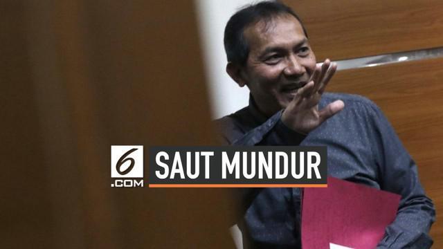 Wakil Ketua KPK Saut Situmorang mundur dari jabatannya setelah Komisi III DPR memilih Firli Bahuri menjadi ketua KPK periode 2019-2023.