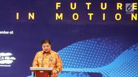 Menteri Peridustrian Airlangga Hartarto memberikan sambutan dalam pembukaan pameran Gaikindo Indonesia Internasional Auto Show (GIIAS) 2019 di ICE BSD, Tangerang, Kamis (18/7/2019). Tahun ini pameran otomotif terbesar di Indonesia tersebut mengusung tema Future in Motion. (Liputan6.com/Fery Pradolo)