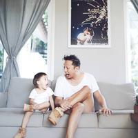"""Kenapa gue mau puasa full karena memang kewajiban dan karena gue sudah menjadi bapak. Jadi malu lah masa sudah punya anak puasa masih boling gitu,"" kata Ringgo Agus Rahman.  (Instagram/ringgoagus)"