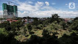 Suasana Tempat Pemakaman Umum (TPU) Kebagusan, Jakarta, pada hari kedua Lebaran, Senin (25/5/2020). Tradisi ziarah kubur saat Idul Fitri yang biasa dilakukan muslim relatif sepi dibandingkan tahun-tahun sebelumnya dikarenakan pandemi corona covid-19. (Liputan6.com/Johan Tallo)