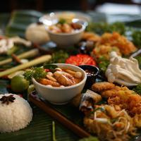 Liwetan ala Thailand dari Kin La Dum Bar & Thai Cuisine (Fimela.com/Novi Nadya)