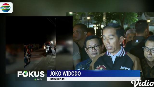 Jokowi mengatakan, saat getaran gempa terasa ia sedang berada di Istana Merdeka dan ia langsung memerintahkan seluruh pihak terkait untuk mengambil langkah.