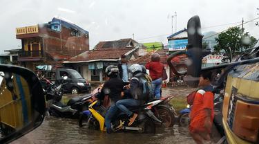 Banjir Jalur Bandung - Garut