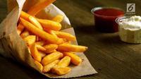 Berbeda dengan kentang goreng pada umumnya, kentang goreng Belgia memiliki tekstur yang lebih renyah di luar dan lembut di dalam (Liputan6/Vinsensia Dianawanti)